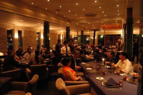 Restaurantes con espectaculo en madrid cenas de navidad - Restaurantes navidad madrid ...